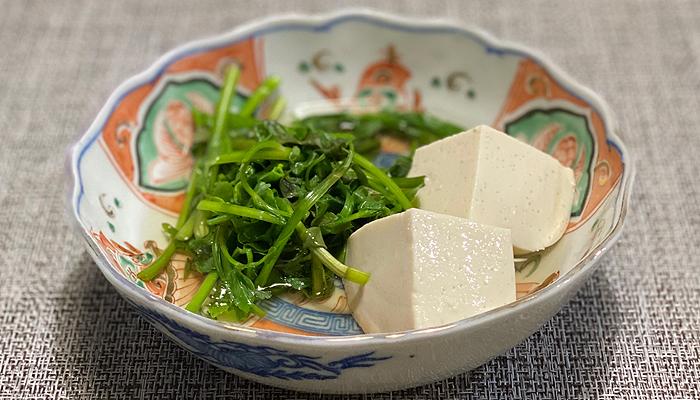 ごま豆腐とせりのおひたし